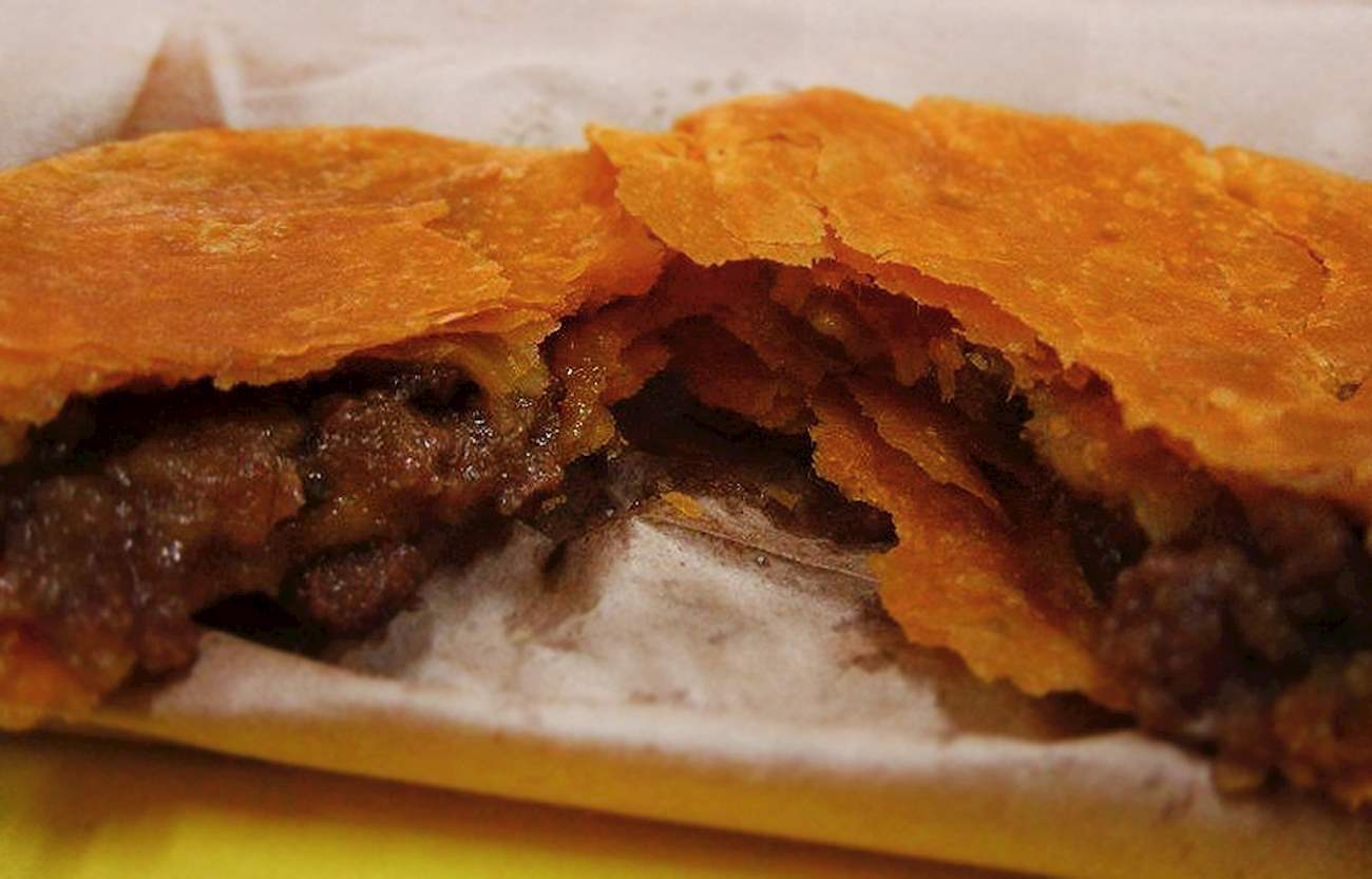 jamaican patty in juicibeef patties  tasteatlas
