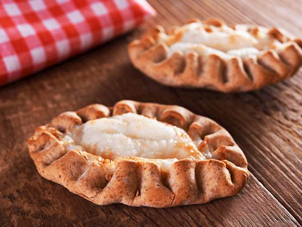 Karjalanpiirakka | Traditional Savory Pie From North Karelia, Finland
