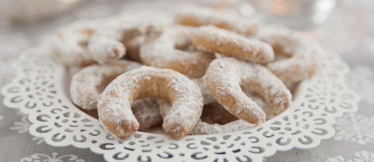 Vanillekipferl   Traditional Cookie From Vienna, Austria   TasteAtlas
