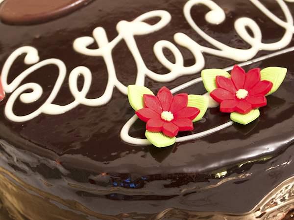 Awe Inspiring Torta Setteveli Traditional Chocolate Cake From Palermo Italy Personalised Birthday Cards Beptaeletsinfo