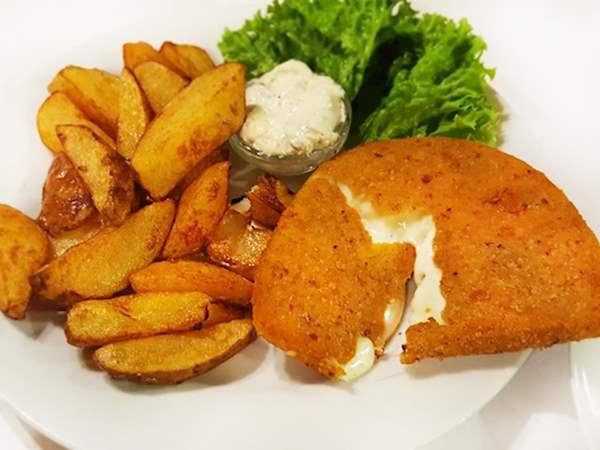 Smažený Sýr In U Pinkasů | TasteAtlas | Recommended authentic ...