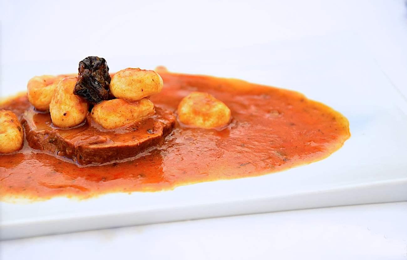 pašticada, marinated, traditional dalmatian dishes, www.zadarvillas.com