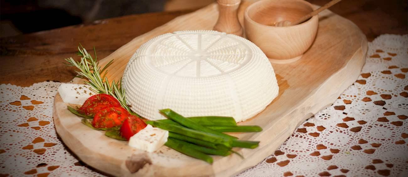 8 Most Popular Polish Cheeses