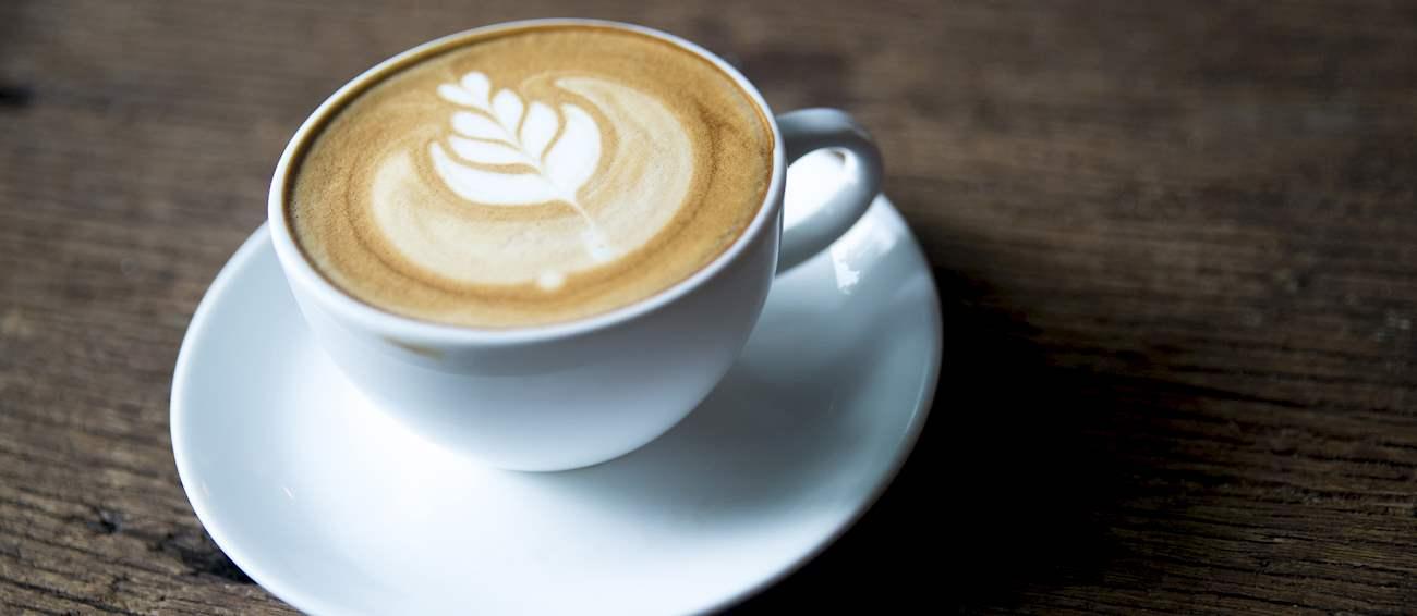 แบนสีขาว   กาแฟท้องถิ่น (เครื่องดื่ม) จากออสเตรเลีย   TasteAtlas