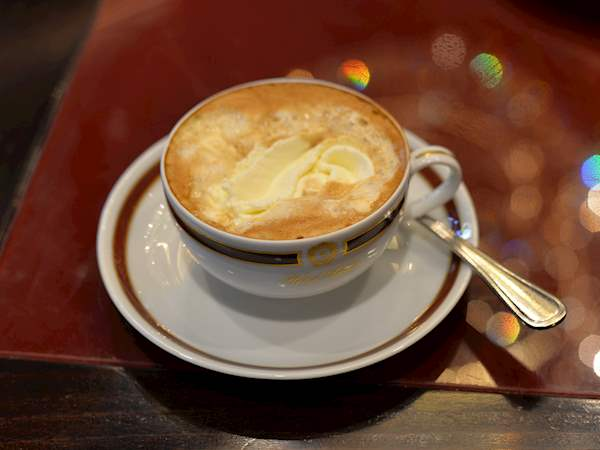 Kaisermelange | Local Alcoholic Coffee Drink From Vienna, Austria